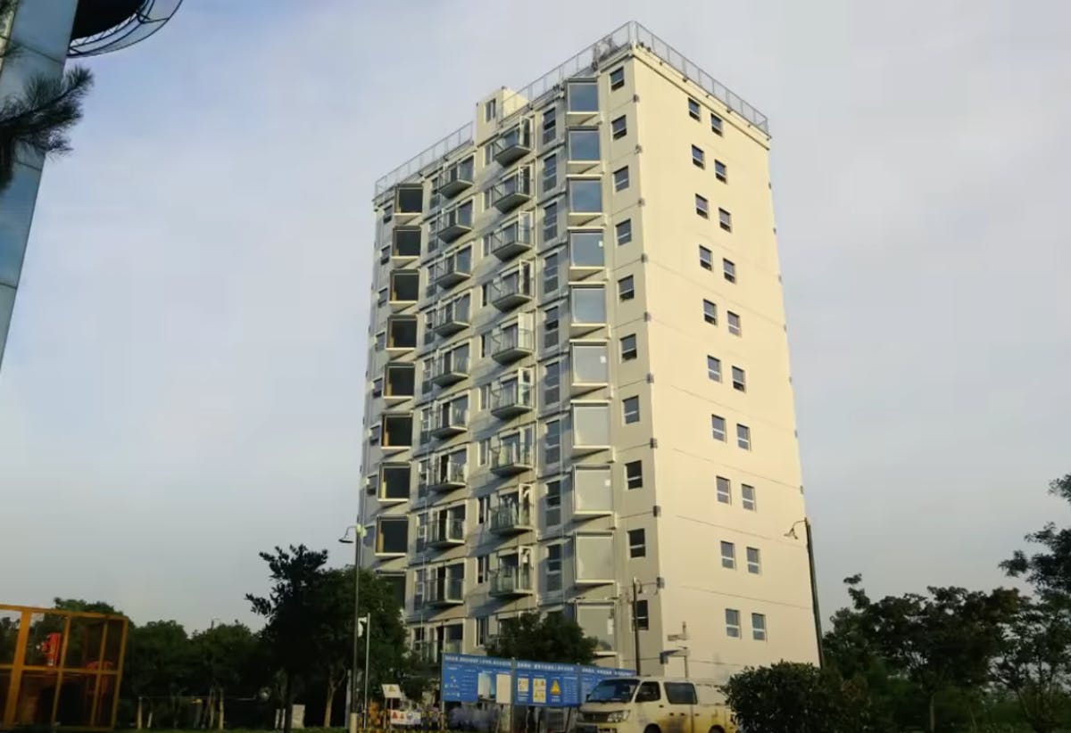 10-story apartment building in Changsha, China erected in 28 hours