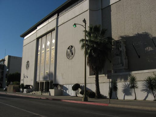 Image courtesy of Wikimedia user <https://commons.wikimedia.org/wiki/File:Scottish_Rite_Masonic_Temple,_Wilshire_Blvd,_Los_Angeles,_California_(16)_(3125760930).jpg> Ken Lund</a>