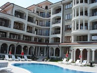 Complex of Holiday Apartments 'Chateau Del Mar'