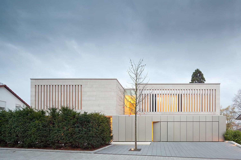 Architekt Weinheim showcase residence in weinheim by wannenmacher möller architekten