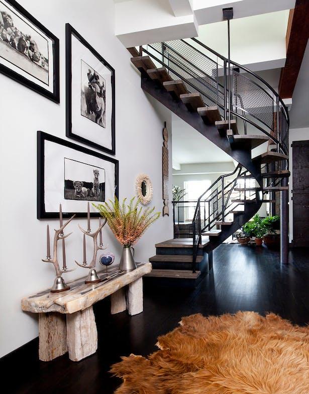 Gallery / Stair