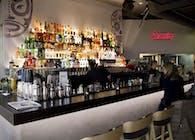 Santos Fuenfhaus - Bar & Grill