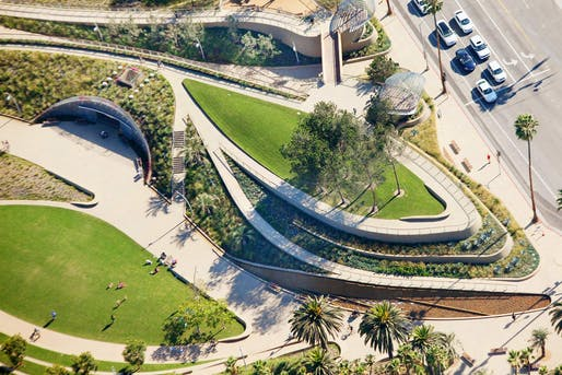 Tongva Park and Ken Gensler Square, Santa Monica, California. Image courtesy of James Corner Field Operations LLC / Tim Street-Porter.