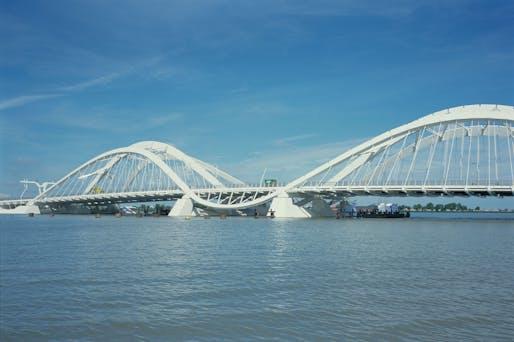 Enneus Heerma Bridge 2001 © Grimshaw