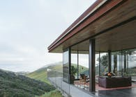 Off-Grid Guesthouse
