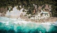 Restaurant, beach club and villas in Tulum
