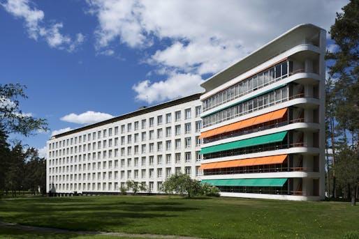 The Alvar Aalto-designed Paimio Sanatorium in southern Finland opened in 1932 and shaped the aesthetics of Modernist architecture. Photo: Maija Holma, Alvar Aalto Museum.