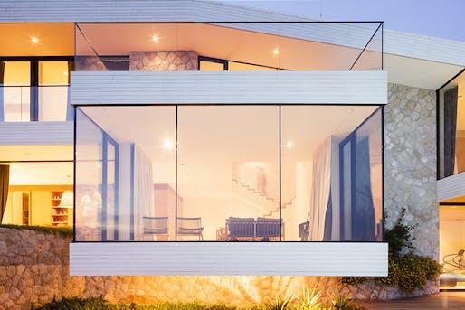 House V2 in Dubrovnik, Croatia by Studio 3LHD; Photo: Marko Ercegovic