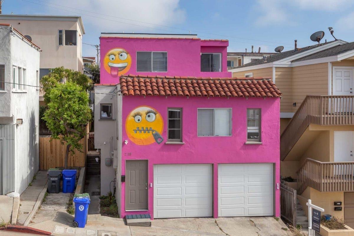 Manhattan Beach Pink Emoji House