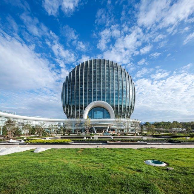 ASIA & AUSTRALIA Finalist - Sunrise Kempinski Hotel. Photo © Shanghai Huadu Architecture and Urban Planning Co.