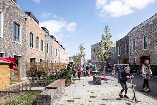 Marmalade Lane Cohousing (Cambridge) by Mole Architects. Photo © David Butler.