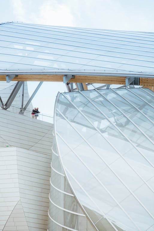 #MyFLV contest finalist image of Frank Gehry's Fondation Louis Vuitton Building, located in Paris, FR. Image: Boshiang Lin.