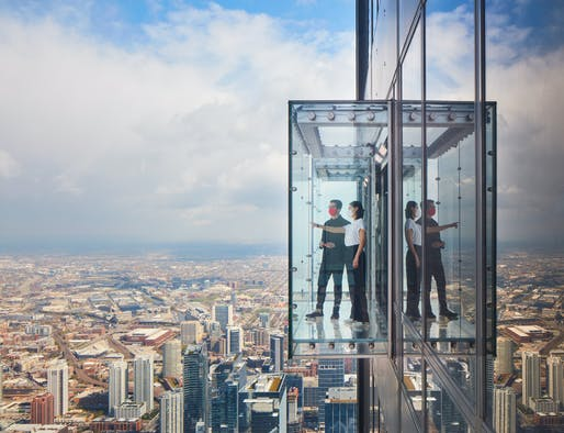 The Ledge at the Skydeck. Photo © Dave Burk | SOM