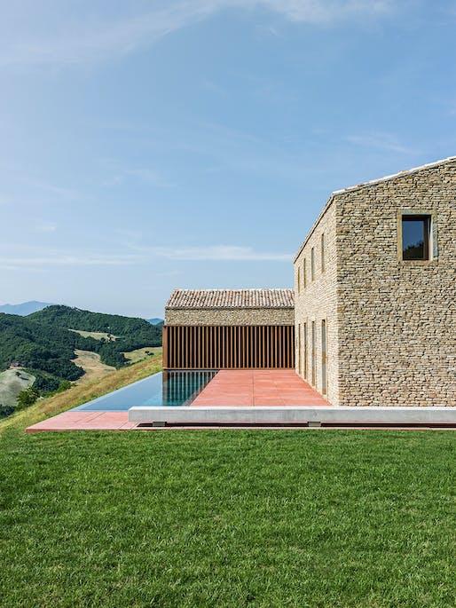 AP House Urbino, Pieve di Cagna, Italy by GGA gardini gibertini architects. 2017 © Ezio Manciucca