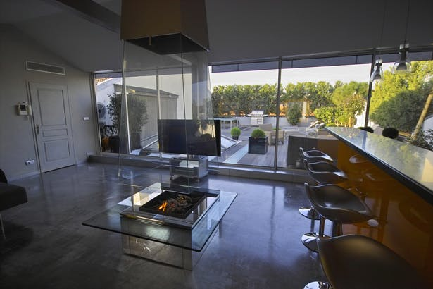 Bloch Design suspended glass fireplace 10