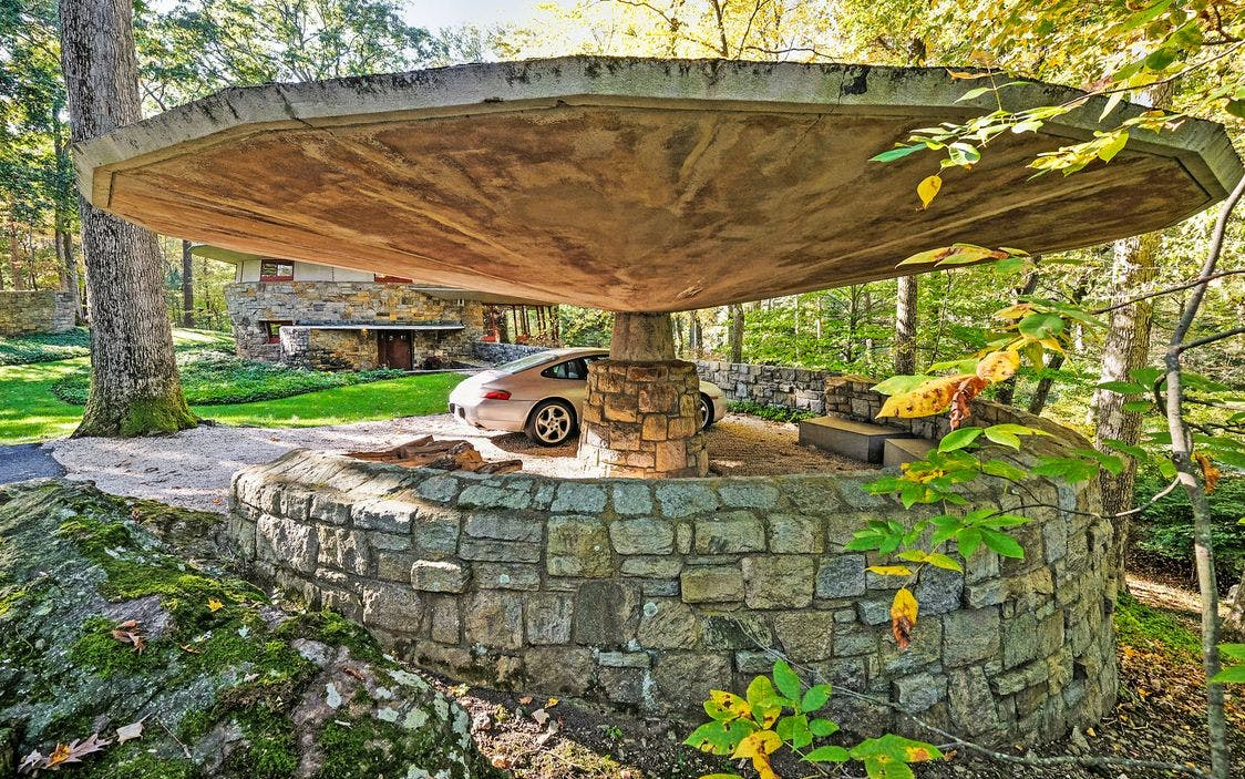 frank lloyd wright s upstate mushroom shaped house asks 1 5m news archinect. Black Bedroom Furniture Sets. Home Design Ideas