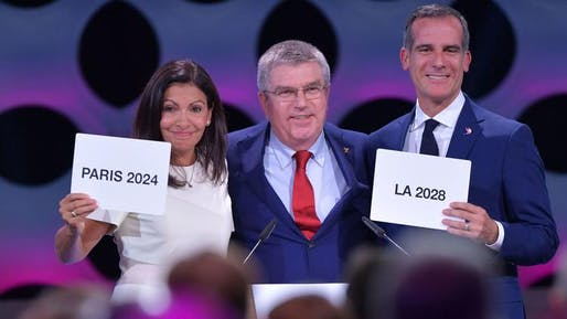 Paris Mayor Anne Hidalgo, International Olympic Committee President Thomas Bach and L.A. Mayor Eric Garcetti