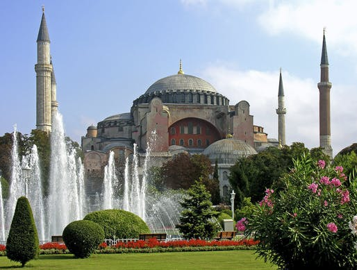 "Photo: Dennis Jarvis/<a href=""https://en.wikipedia.org/wiki/File:Turkey-3019_-_Hagia_Sophia_(2216460729).jpg"">Wikimedia Commons</a>"