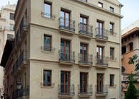 Pouet - Renovation of a four-storey building in the historic centre of Valencia
