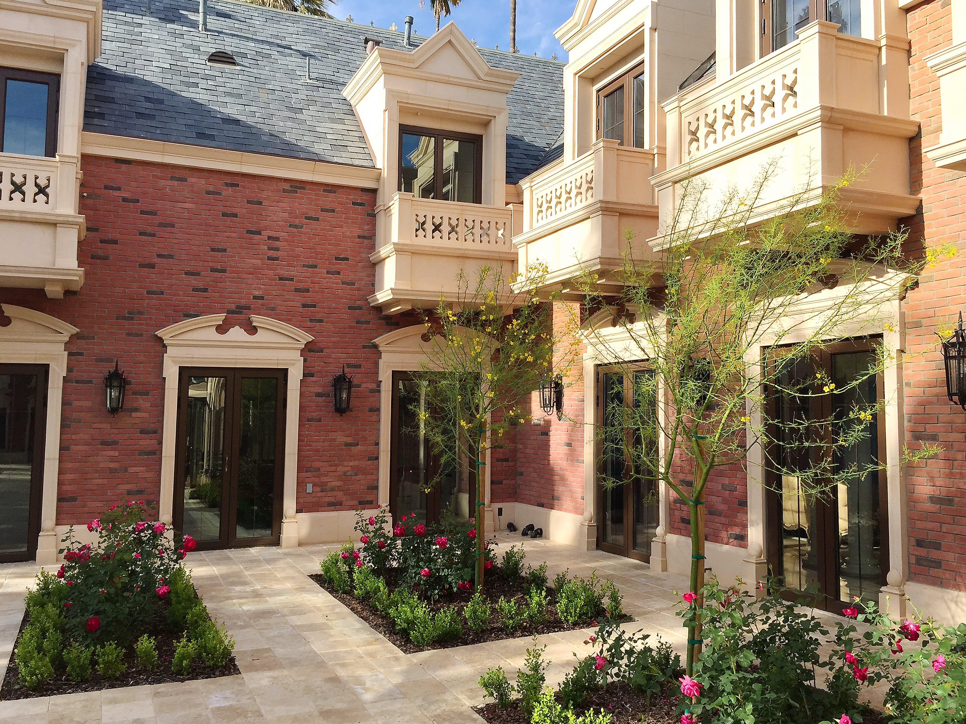 The Carriage House\