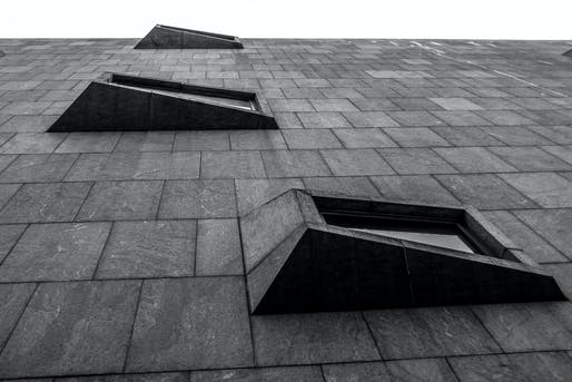 Facade of the Met Breuer on Madison Avenue. Photo: ali sinan köksal/Flickr