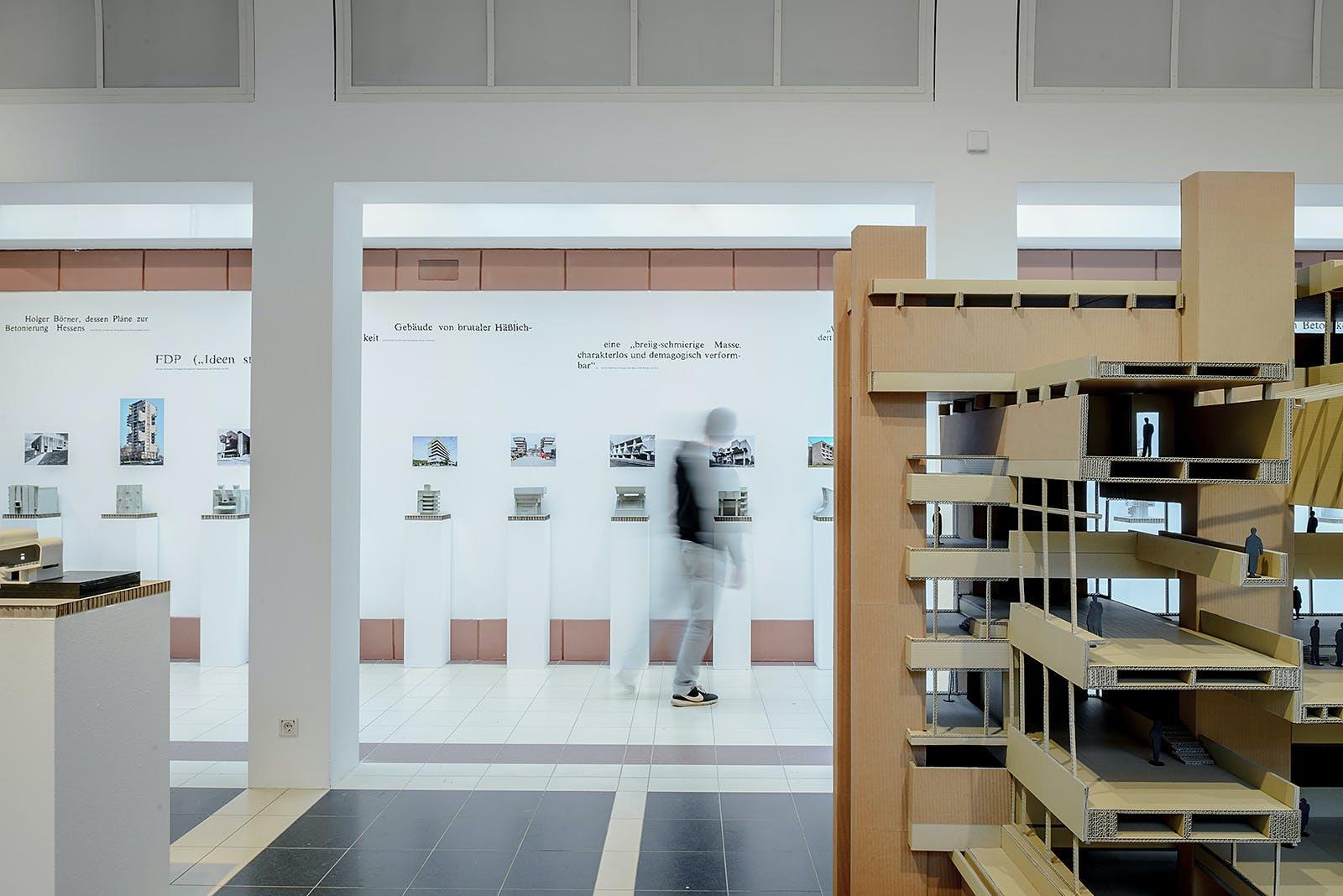 Wunderbar Gebäude Eine Bar Ideen Fotos - Images for inspirierende ...