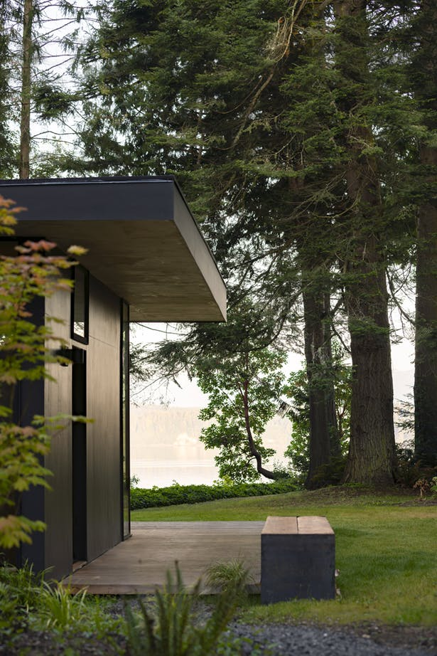 Hood Cliff Retreat (Image: Andrew Pogue)