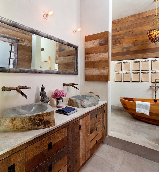Master Bath Vestibule