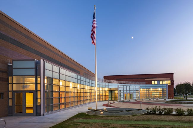 Jonathan E. Reed School by Svigals + Partners, LLP. Photo © Svigals + Partners, LLP