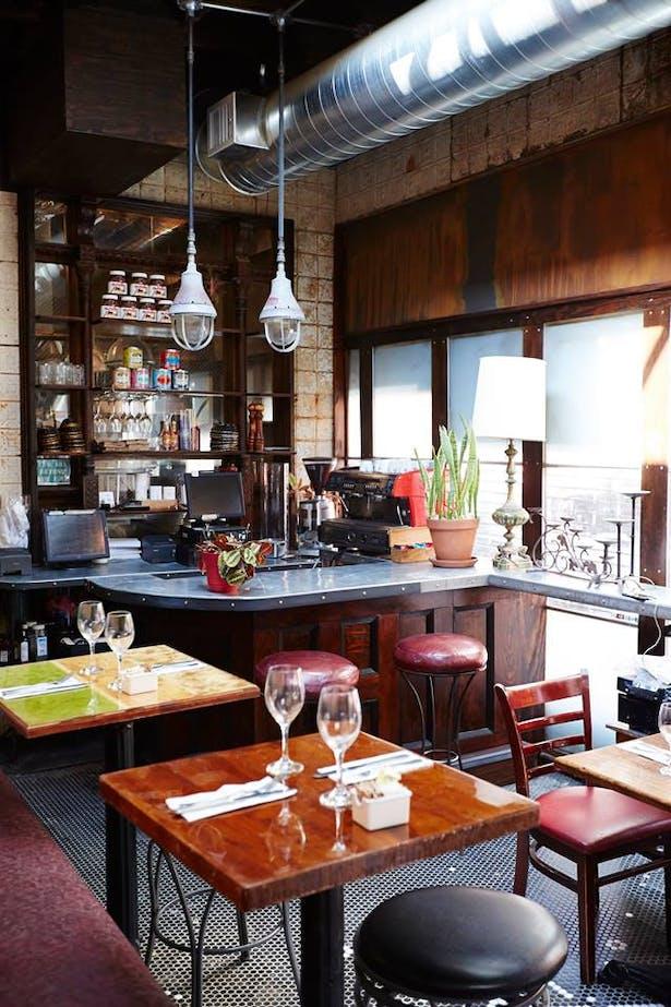 Chez Oskar- Breakfast Bar