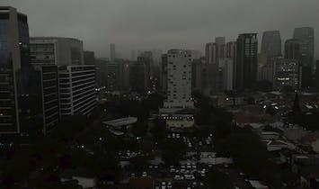 Smoke from burning Amazon rainforest drops São Paulo into sudden darkness