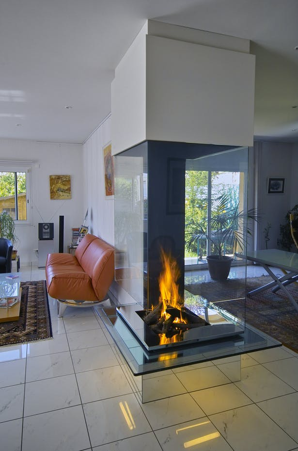 Bloch Design fireplace 3