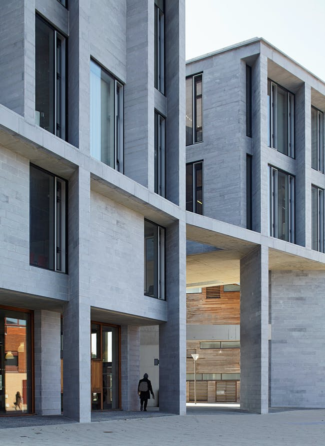 University of Limerick, Medical School, Student Housing, Piazza and Pergola in Limerick, Ireland by Grafton Architects. Photo © Dennis Gilbert