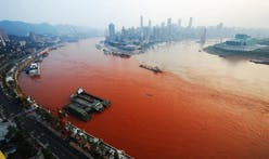 Yangtze River Turns Red and Turns Up a Mystery