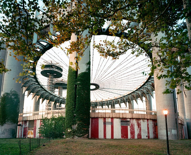 New York 1964 World's Fair, 'Peace Through Understanding,' New York State Pavilion, 2008 © JADE DOSKOW