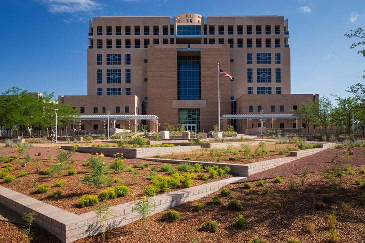 Pete V. Domenici US Courthouse Landscape Renovation, Albuquerque, NM. Photo: Robert Reck.