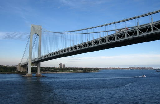 The Verrazzano-Narrows Bridge connects the boroughs of Staten Island and Brooklyn in New York City. Image © Mike LaMonaca/Via WikipediaCommons (CC BY-SA 2.0)