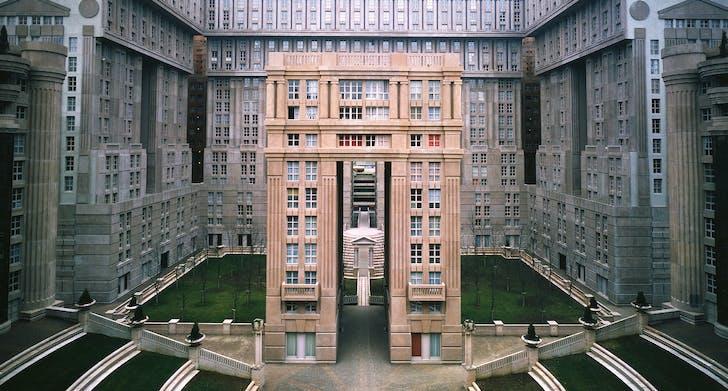 Les Espaces D'Abraxas. Photo courtesy of Ricardo Bofill Taller de Arquitectura.