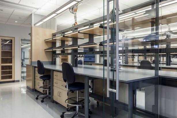 Biochemistry Laboratory Renovation   Blair + Mui Dowd