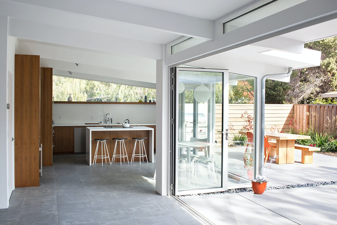 Truly Open Eichler Home | Klopf Architecture | Archinect