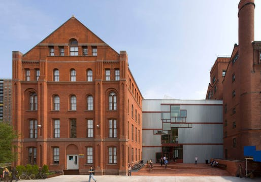Pratt Institute School of Architecture - Higgins Hall Center Section. Image © Sciame
