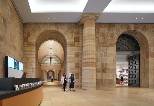 The North Entrance already opened to the public in 2019 and provides access to the Vaulted Walkway and a new retail store adorned by restored Tiffany doors. Steve Hall © Hall + Merrick Photographers, 2019, courtesy Philadelphia Museum of Art, 2021.