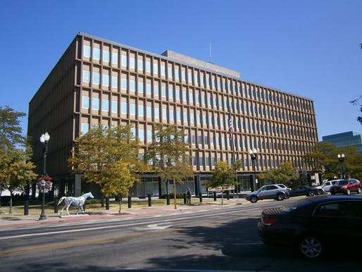 The James V. Hansen Federal Building, in Ogden, Utah, designed by Architect Keith W. Wilcox and Associates in 1963. Image courtesy of Wikimedia user Ntsimp.