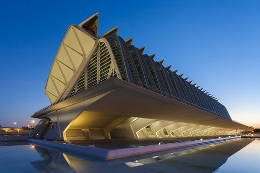 Prince Philip Museum at the Calatrava-designed City of Arts and Sciences in Valencia, Spain — a massive cultural complex not without troubles. (Photo: Diego Delso, Wikimedia Commons)