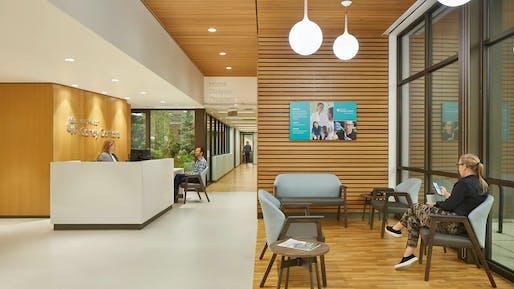 Rainier Beach Clinic. Photo: Benjamin Benschneider.