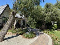 Hacienda Drive Residence 4.