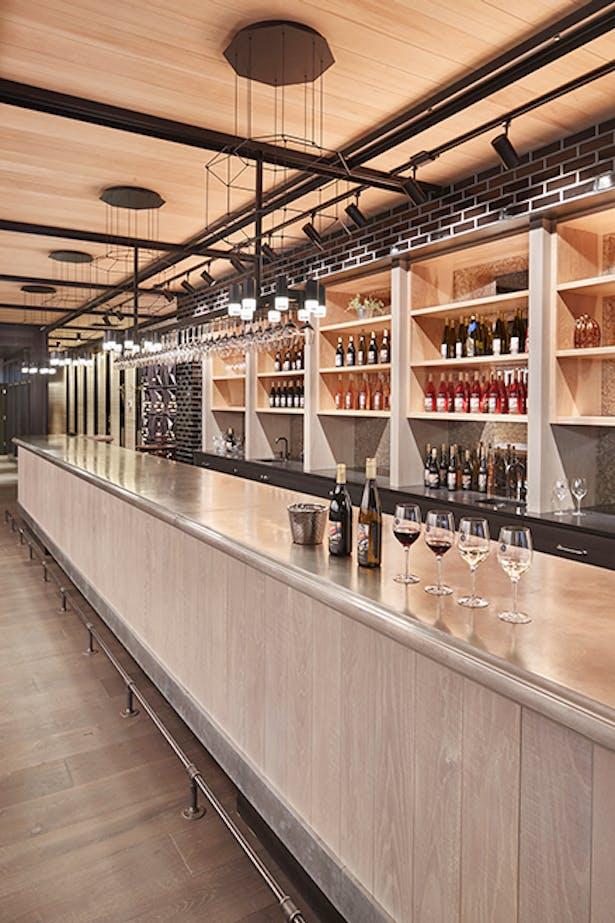Rocky Pond Winery Tasting Room (Image: Benjamin Benschneider)