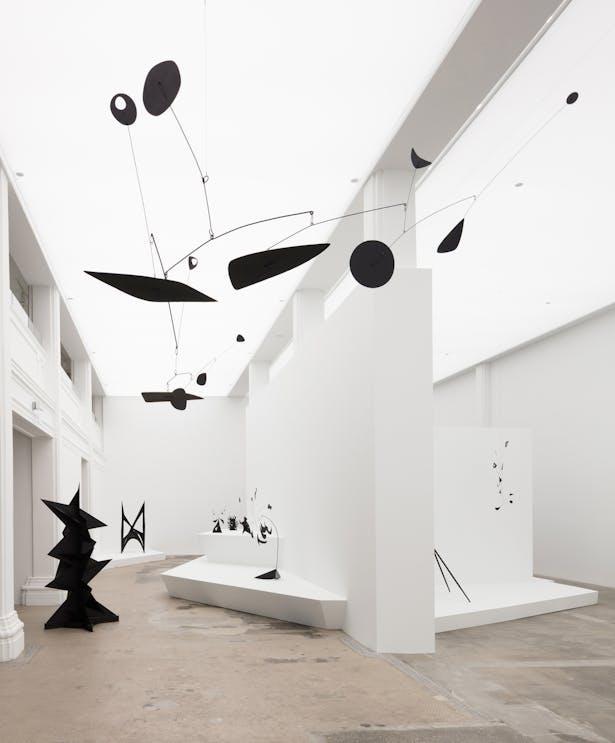 © 2019 Calder Foundation, New York / Artists Rights Society (ARS), New York. Photo: Fredrik Nilsen