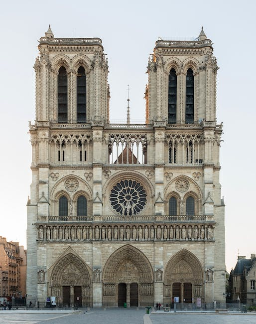 The Western Facade of Notre Dame Cathedral as it appeared in 2014. Photo: Wikimedia Commons user DXR.