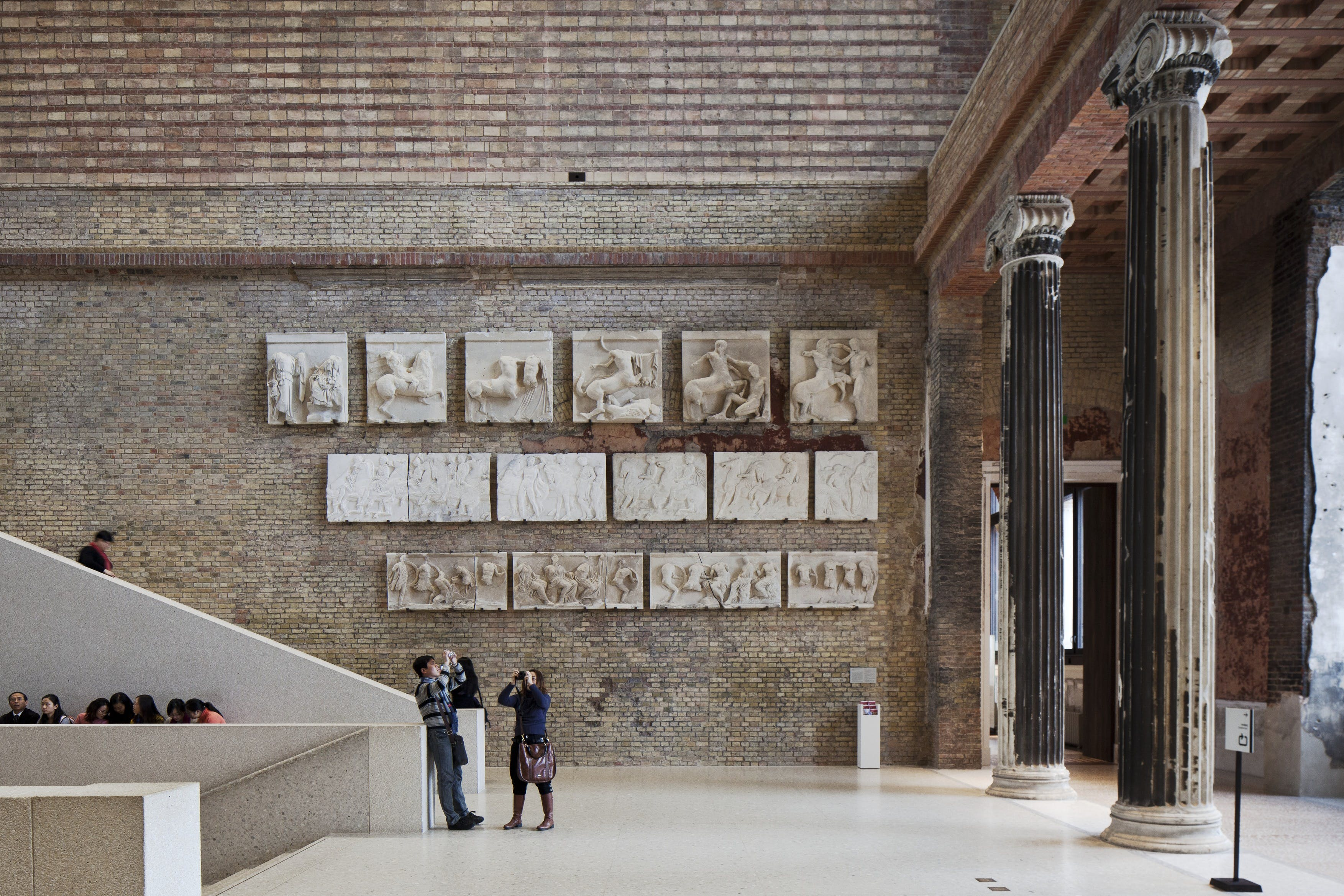 Chipperfields Neues Museum Renovation Snags Mies Van Der Rohe